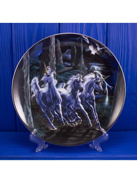 Тарелка Franklin Mint № MA2918 POWER OF THE UNICORNS⠀