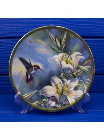Тарелка PICKARD 5556J Ruby-throated Hummingbird and Lilies
