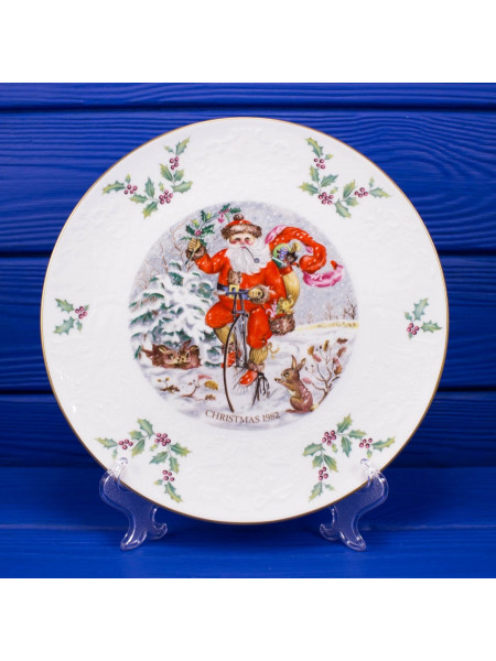 Тарелка Royal Doulton CHRISTMAS 1982