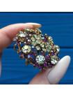 Брошь с кристаллами двух оттенков