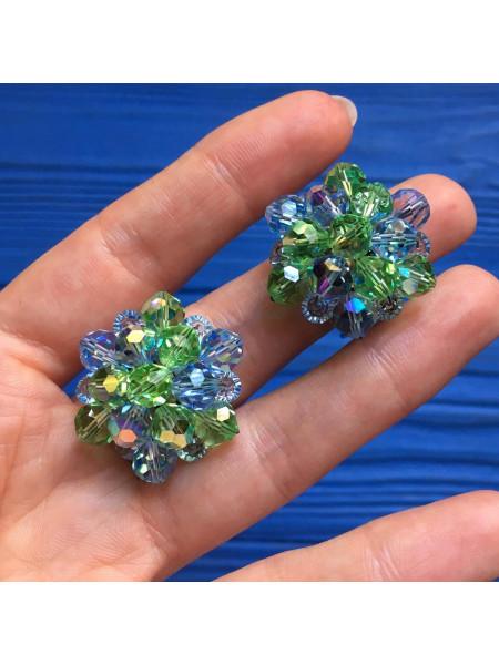 Клипсы, украшенные бусинами Aurora Borealis