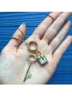 Роскошная подвеска в подарочной коробочке - ключ и замок с искристыми кристаллами