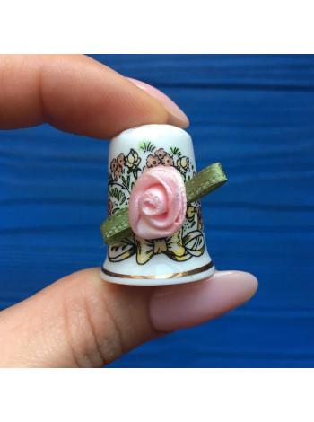 Напёрсток Birchcroft, декорированный розой