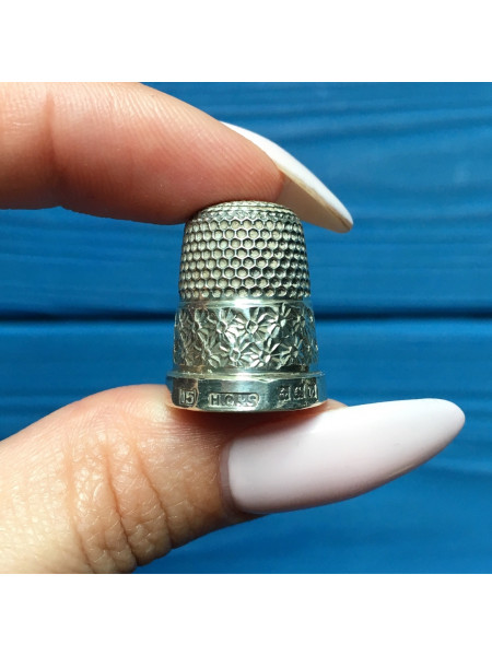 Антикварный серебряный наперсток Henry Griffin and Sons
