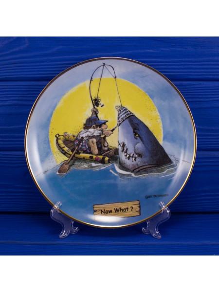 "Тарелка ""Now What?"" коллекционная серия THE ART OF FISHING"