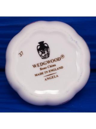 Шкатулка Wedgwood таблетница с волнистыми краямиДИЗАЙН ANGELA