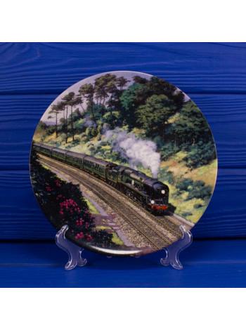 Тарелка Royal Doulton 1989A Through yhe Cutting