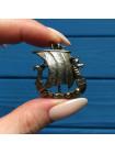Брошь в форме корабля викингов