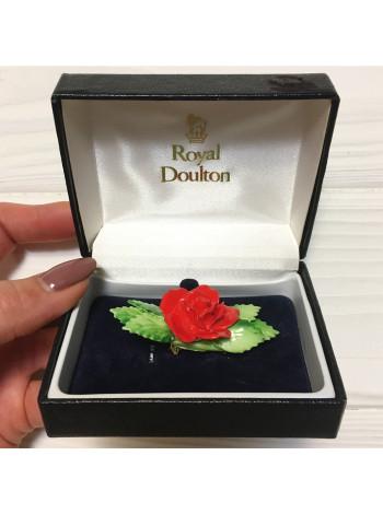 Брошь от Royal Doulton фарфоровая