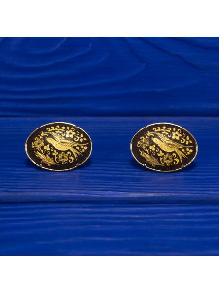 Изысканные запонки с птицами в обрамлении нарядных узоров, выполненные в стиле дамаскин (Толедо)