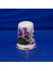 Коллекционный наперсток из английского косятного фарфора с цветами и золотым ободком
