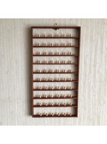 Большая деревянная полка на 60 наперстков
