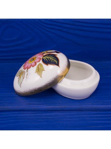 Шкатулка в форме яйца из английского костяного фарфора от Newhall