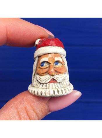 Коллекционный винтажный резной деревянный наперсток, расписанный вручную Дед Мороз в подарочном флаконе