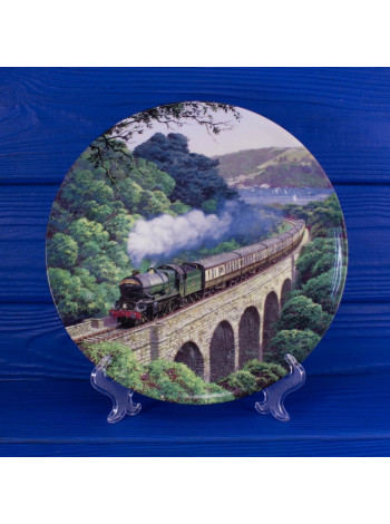 Тарелка Royal Doulton 2681A Over the Viaduct