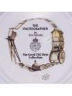 "Тарелка Royal Worcester ""The Photographer"" (Фотограф)"