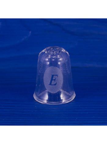 """Коллекционный наперсток из стекла с буквой """"Е"""" - отличный подарок Екатерине, Елене, Елизавете или Евгении"""