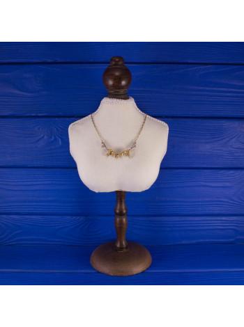 Стильное серебряное колье с позолотой для любительницы туфелек от Raine Collection