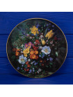 "Тарелка Royal Doulton 1715 ""Polyanthus and Daffodils"""