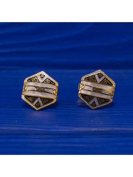 Запонки, выполненные в стиле дамаскин, украшенные перламутром. 1970 гг.