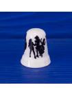 Коллекционный наперсток из костяного фарфора со сценками бала