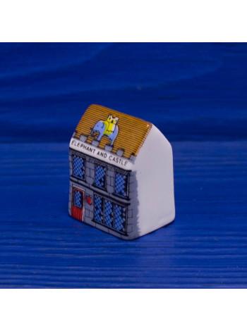 "Напёрсток ""Паб Elephant and Castle"" в форме домика"