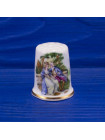 Наперсток из костяного фарфора с изображением любовной сценки и позолоченным ободком