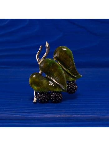 Удивительная брошь в форме ягод еживики от Exquisite