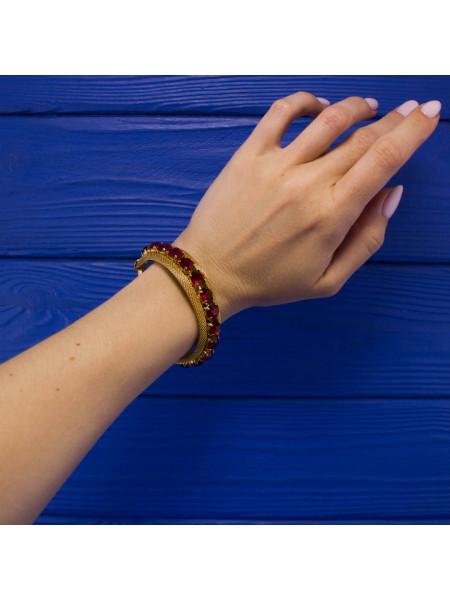 Эффектный винтажный браслет с искристыми кристаллами цвета рубина
