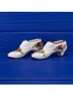Пара туфелек из английского костяного фарфора дизайна Old Country Roses от Royal Albert