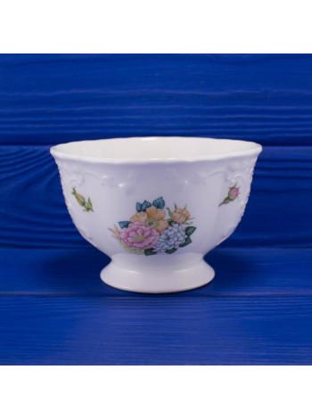 Чаша дизайна Rose Garden от Coalport