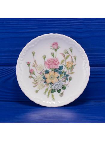 Блюдце дизайна Rose Garden от Coalport