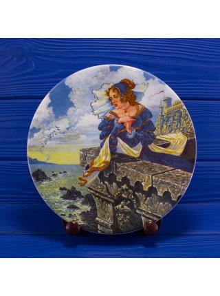 Деревянная подставка для декоративных тарелок