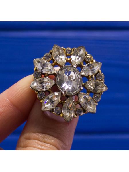 Винтажная брошь с искристыми кристаллами