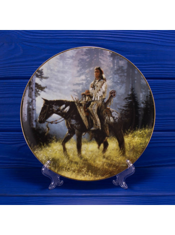 Тарелка Hamilton Collection № 1144A Peace Maker серии Mystic Warriors