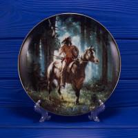 Тарелка Hamilton Collection № 4754A Sun Seeker серии Mystic Warriors