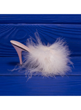 Туфелька c перьями в голливудском стиле 50-х годов Va-Va-Voom