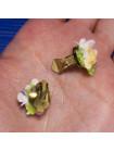 Изысканный комплект Royal Adderley с объемными цветами - Брошь и клипсы