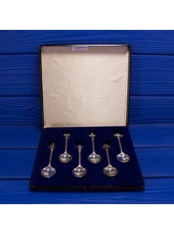 Набор из шести винтажных посеребренных ложечек из пьютера с объемными фигурками, символизирующими монархию