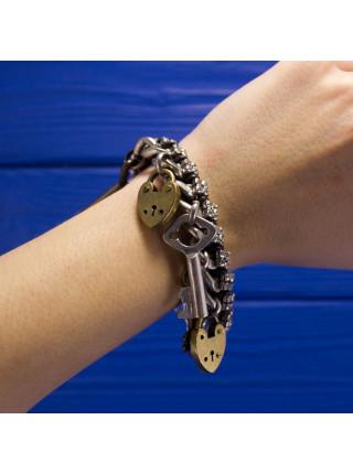 Яркий браслет в подарочном футляре от Fossil