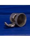Очаровательный металлический наперсток в форме домика-ботинка, у которого открывается дверца, из детской считалки