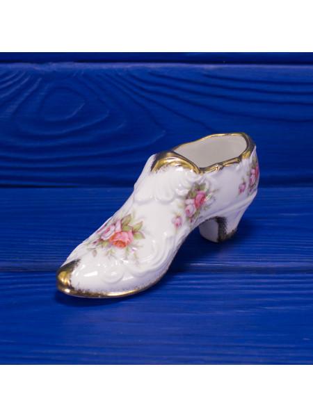 Туфелька из английского костяного фарфора дизайна Victoriana Rose от Paragon