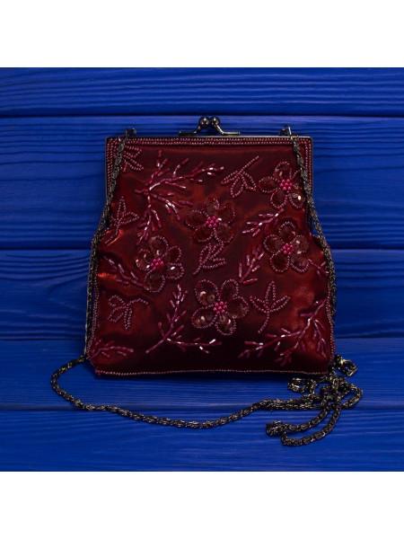 Нарядная винтажная сумочка в винтажном стиле