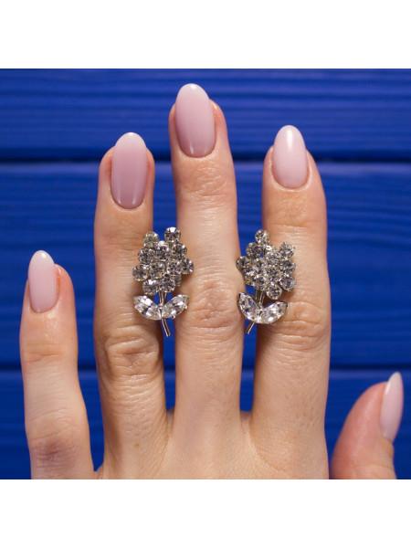 Очаровательные клипсы в форме цветка, украшенные искристыми кристаллами