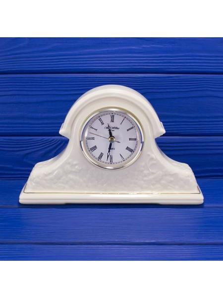 Каминные часы от William Widdop с красивым рельефом цвета слоновой кости