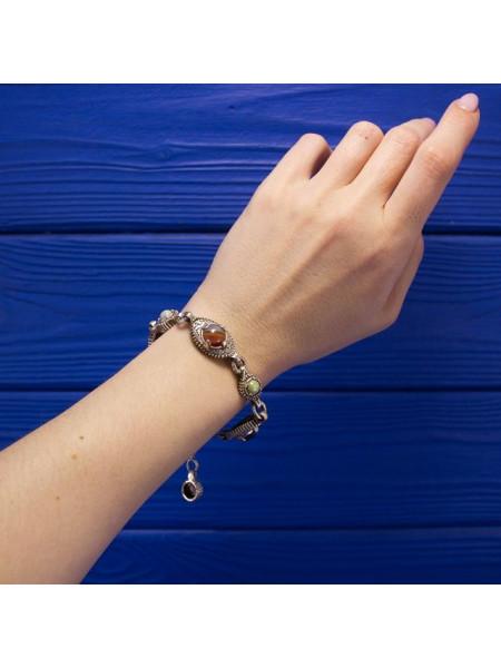 Стильный винтажный браслет с камнями - имитацией различных самоцветов