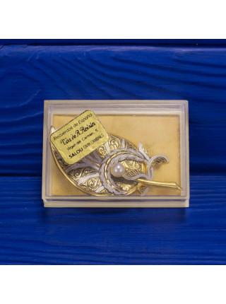 Интересная брошь в форме листа, выполненная в стиле дамаскин 1970 гг