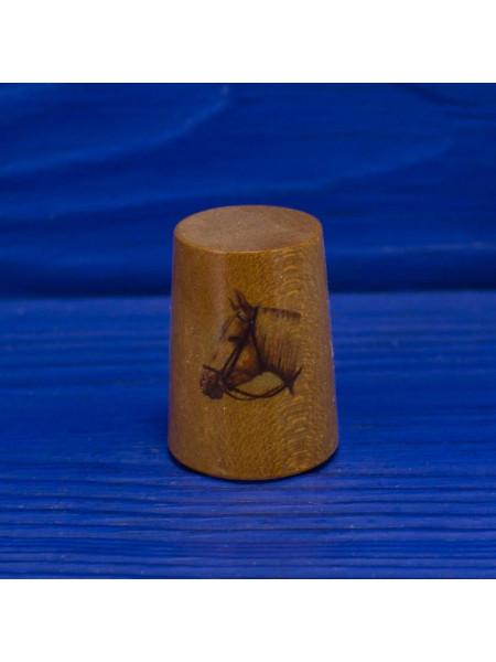 Коллекционный винтажных наперсток с изображением лошади ограниченной серии из древесины смаковницы