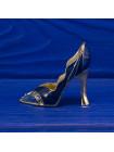 Комплект из восьми миниатюрных туфелек из Англии