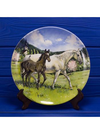 "Тарелка номер 2452E ""The Austrian Lipizzaner"" от Spode коллекционной серии The Noble Horse"